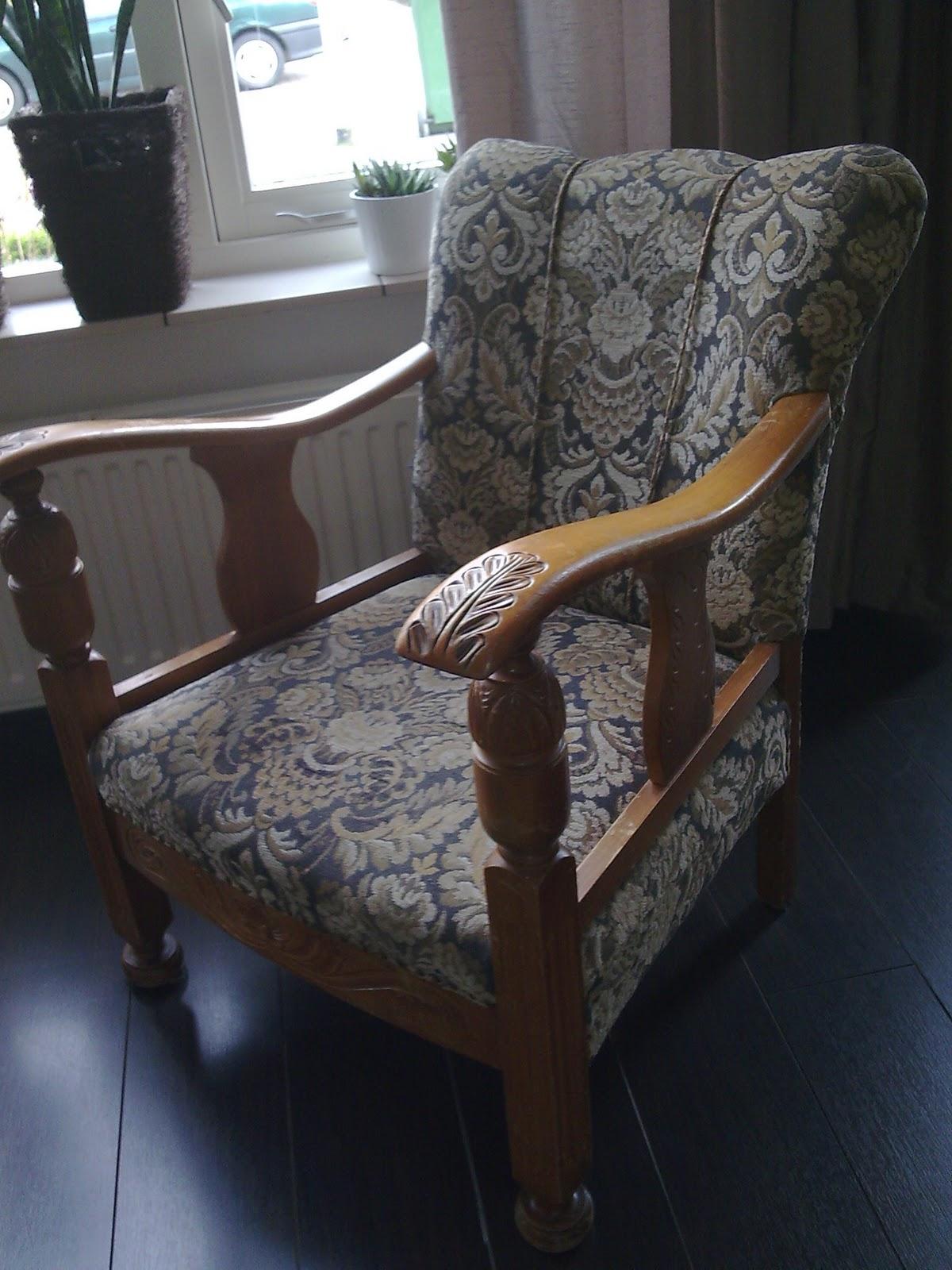 Kris stoelen opknappen for Stof om stoel te bekleden
