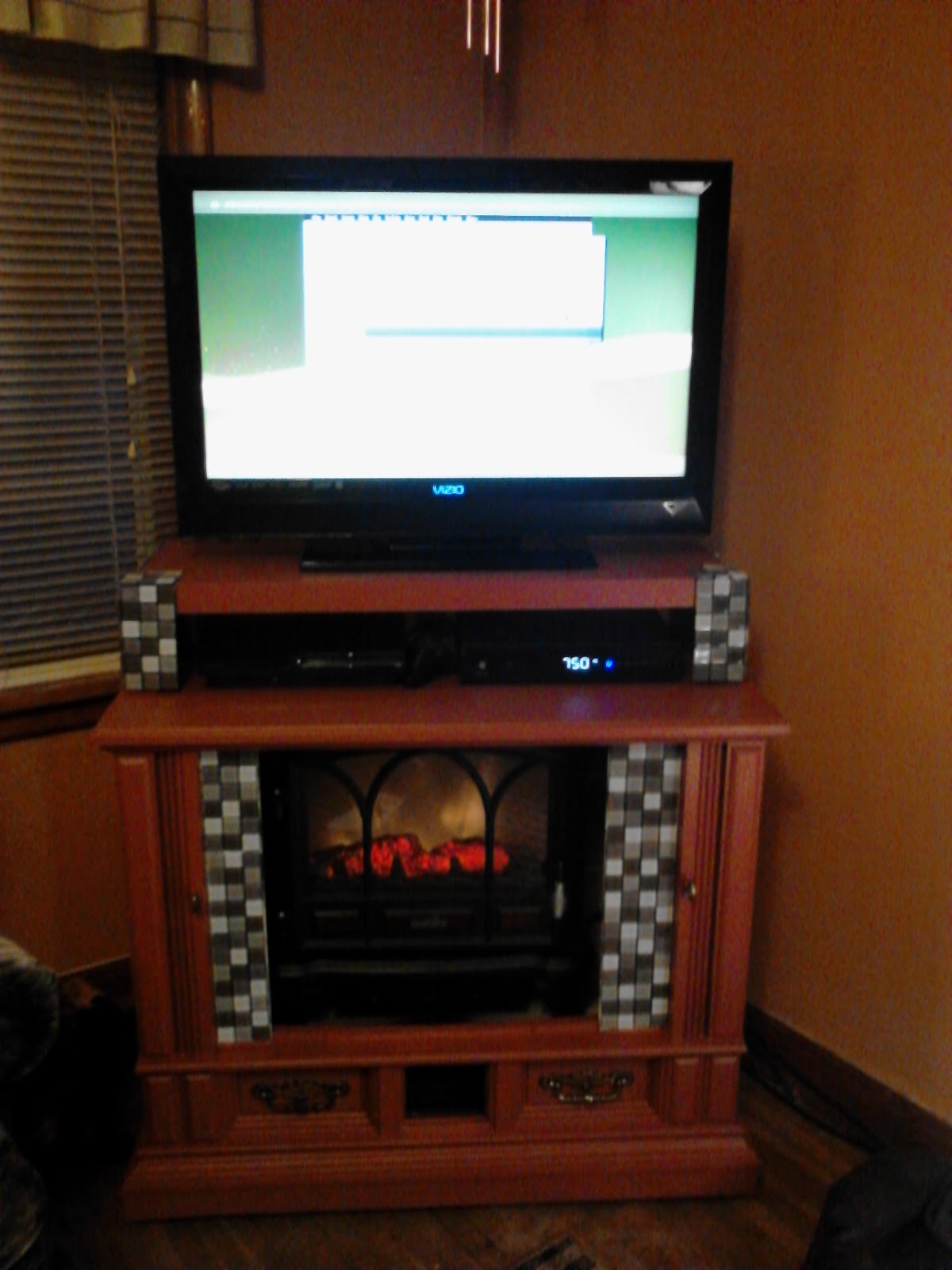 Old Console Tv ~ My repurpose old tv console to fireplace media center