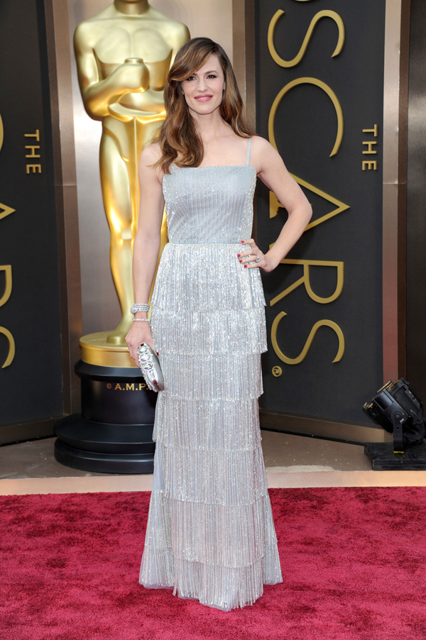 Jennifer Garner's Oscar 2014 Dress by: Oscar de la Renta