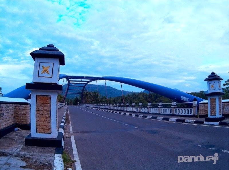 jembatan soge di pacitan