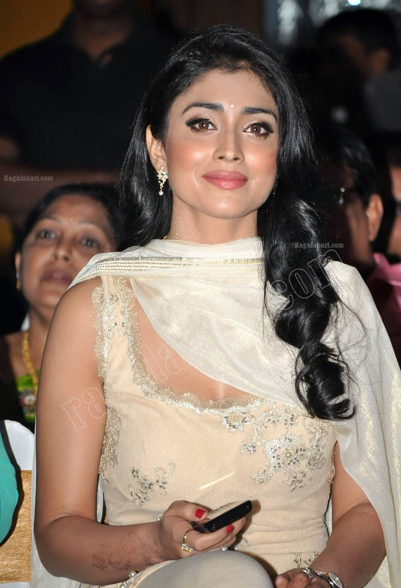 Shriya Saran in white Suit - Shriya Saran Hot in Punjabi Salwar Kameez