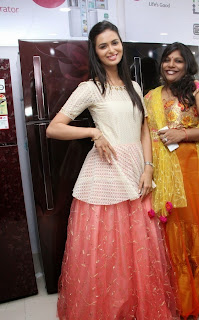 Actress Meenakshi Dixit Latest Pictures at Yes Mart Launch  36.jpg