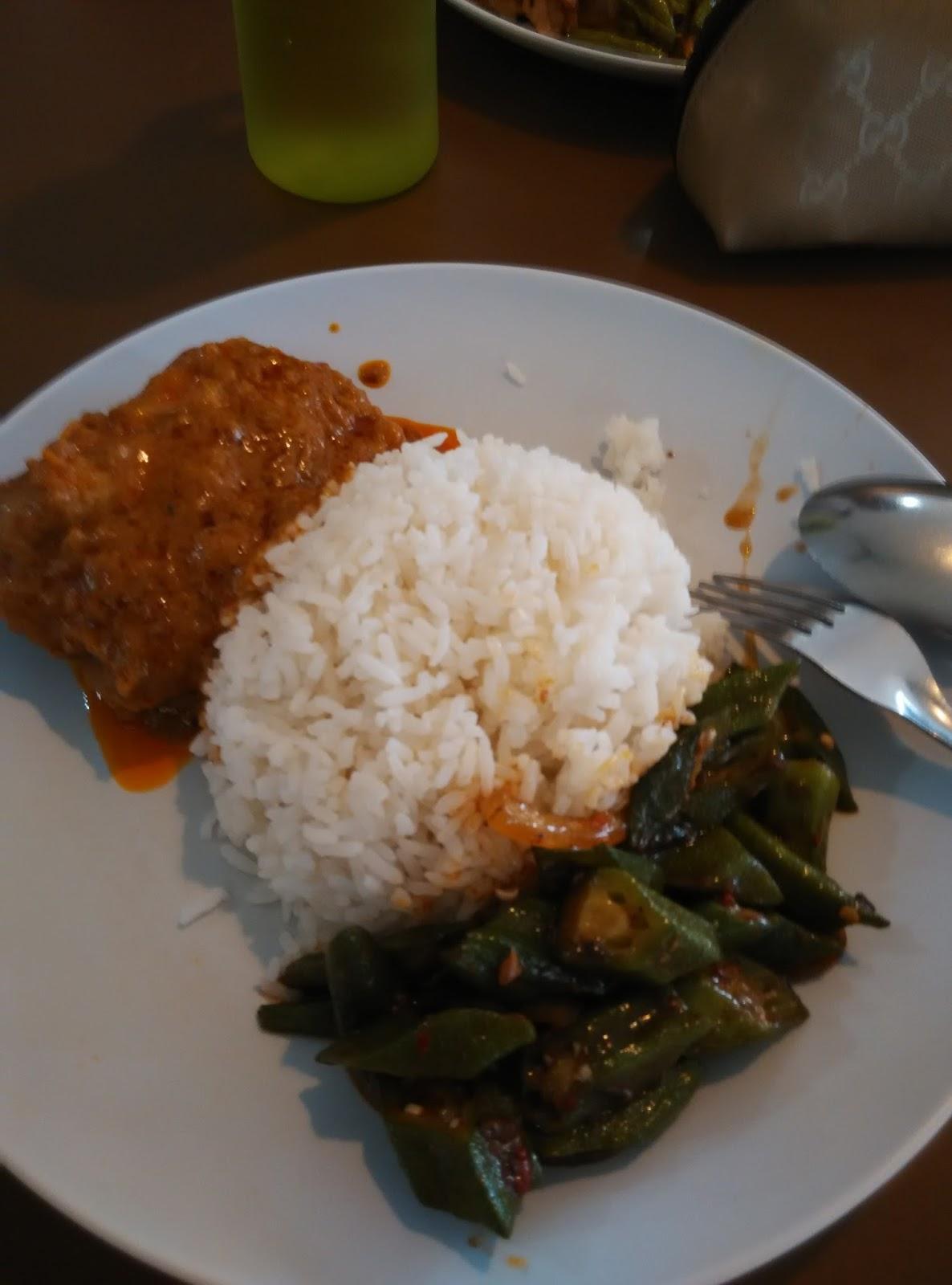 Our journey singapore kallang sector food loft at for Cuisine loft