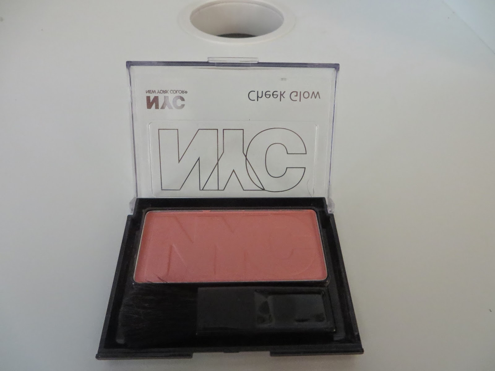 NYC Cheek Glow Powder Blush in 649 Prospect Park Rose