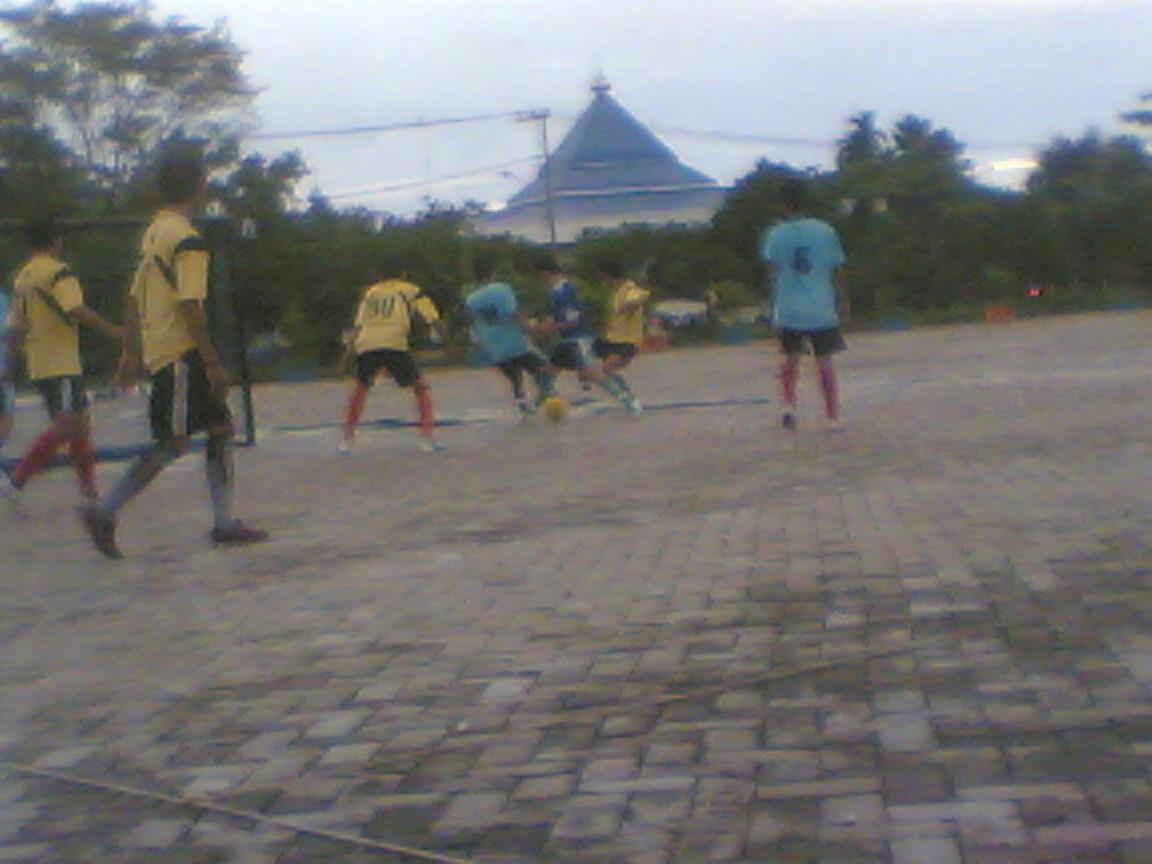 My Heaven: Pertandingan Futsal Kelas B'08