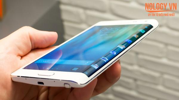 Màn hình cong độc đáo của Galaxy Note Edge Docomo