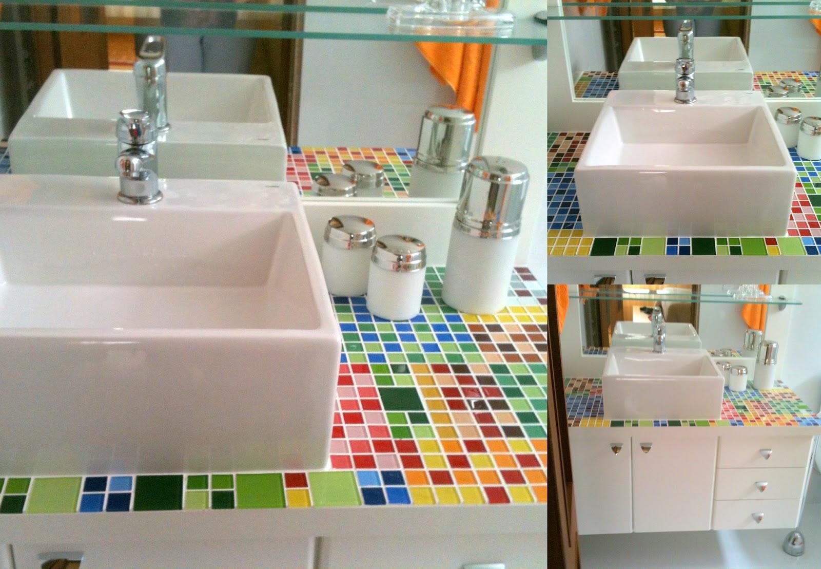 da Lucia Giraffa: Mosaico de pastilhas de vidro Tampo do Banheiro #744024 1600x1108 Banheiro De Pastilha De Vidro
