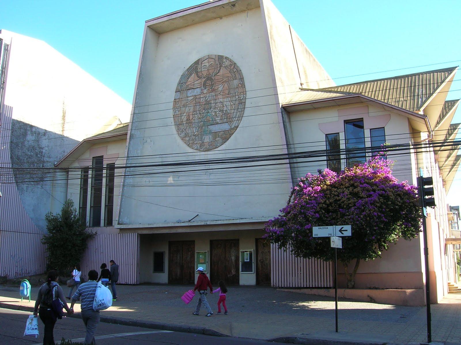 Catedral de Los Angeles, Los Angeles,  Chile, vuelta al mundo, round the world, La vuelta al mundo de Asun y Ricardo
