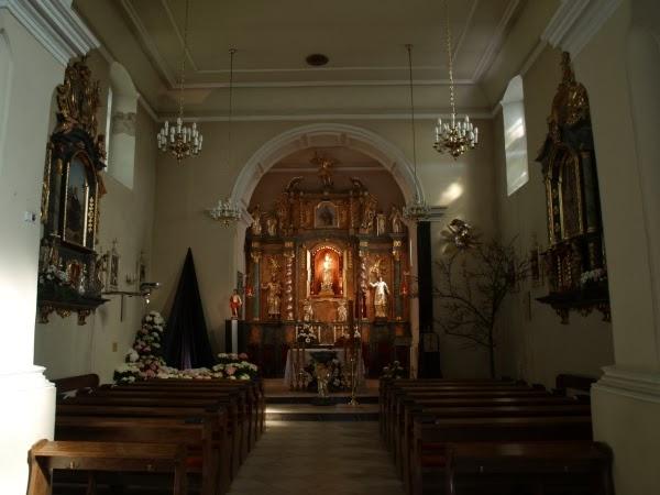 Kościół Narodzenia Najświętszej Marii Panny - ołtarz główny (fot. Adam Kaźmierczak)