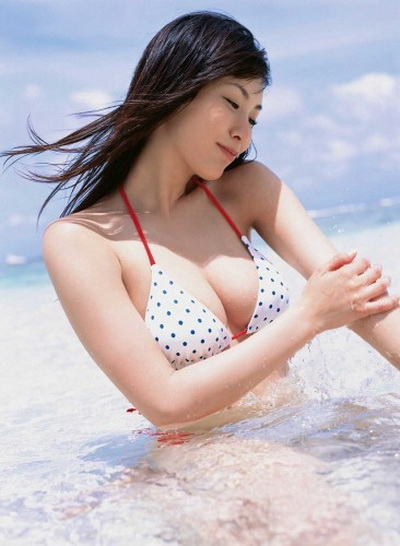 Cute Japanese-Place Beautiful Nao Nagasawa Model Latest Photo Shoot