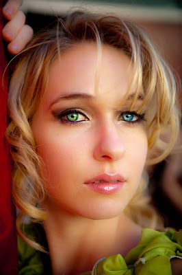 How to Change Eye Colour in Photoshop