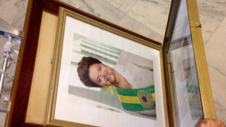 Tras la destitución, retiraron los cuadros de Dilma Rousseff del Palacio de Planalto