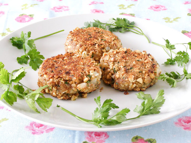 Lemon Pepper Cashew Cutlets