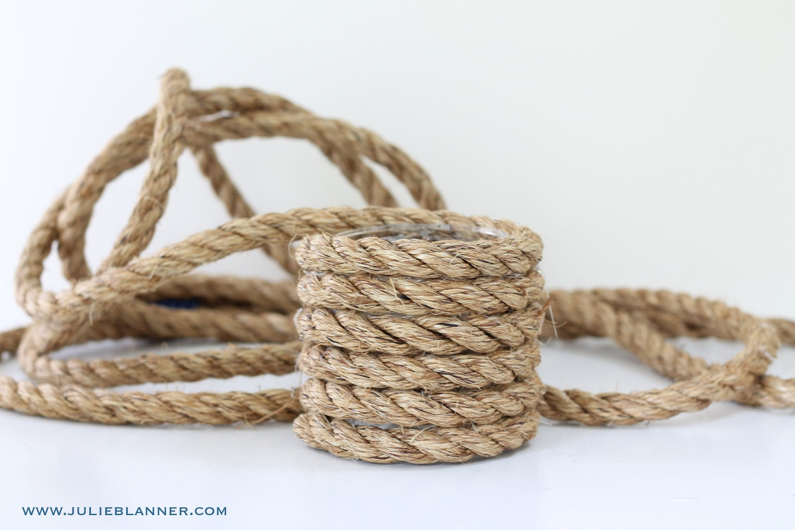 Diy nautical rope vase for Heavy rope for nautical use