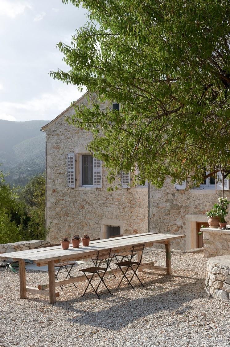 BOISERIE & C.: ITACA: Pietra, Cemento, Legno