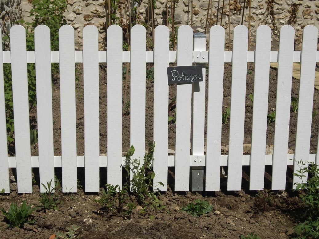 derri re les murs de mon jardin projet de printemps 3. Black Bedroom Furniture Sets. Home Design Ideas