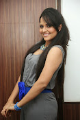 Anasuya latest sizzling photos-thumbnail-7