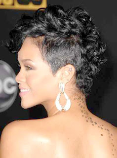coupe de cheveux rihanna. Black Bedroom Furniture Sets. Home Design Ideas