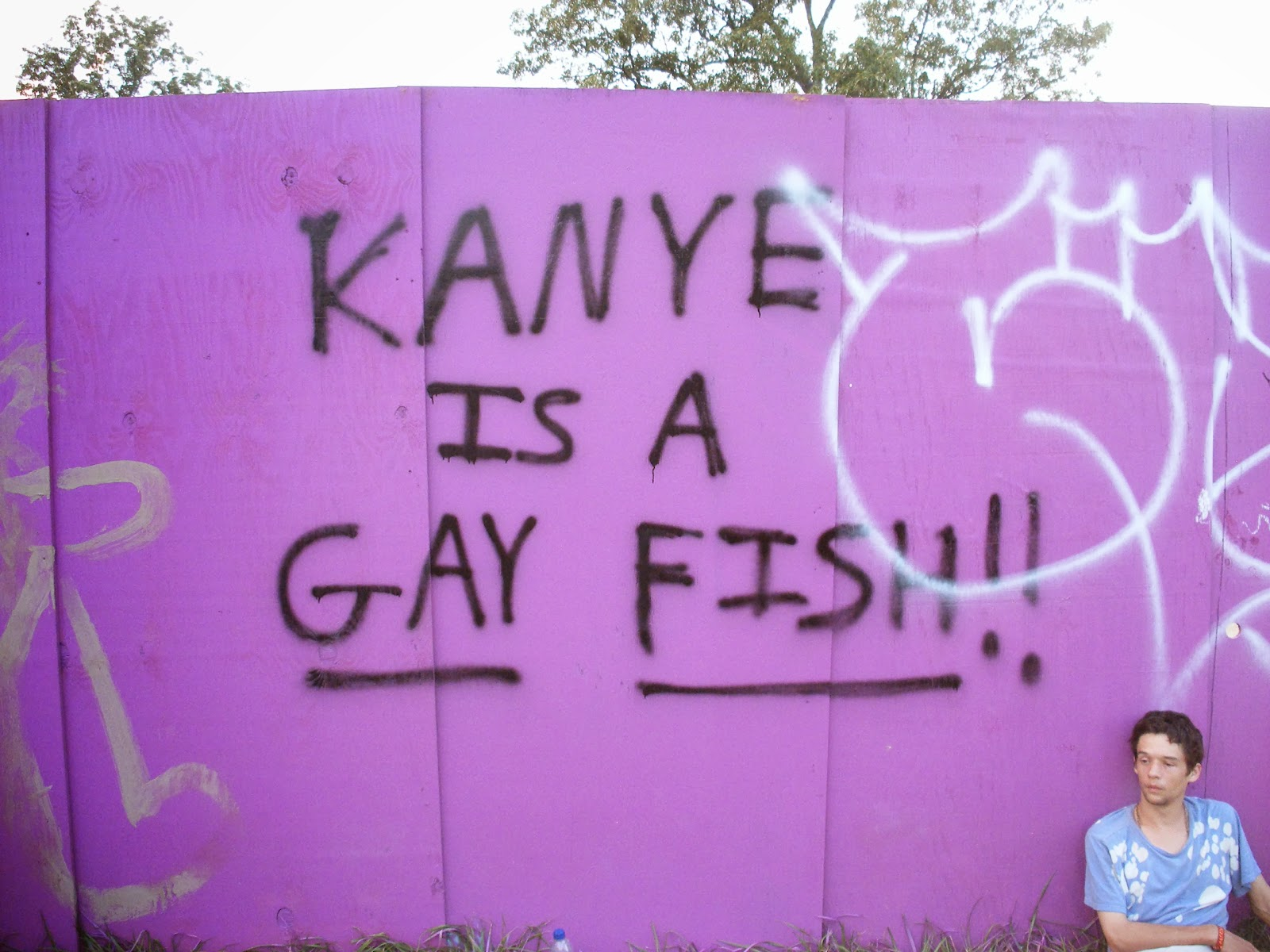 Kanye is a gay fish!