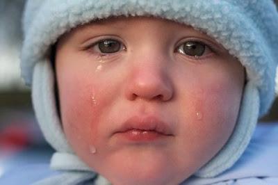 Berucap yang jelek akan membuat emosi bayi menjadi labil