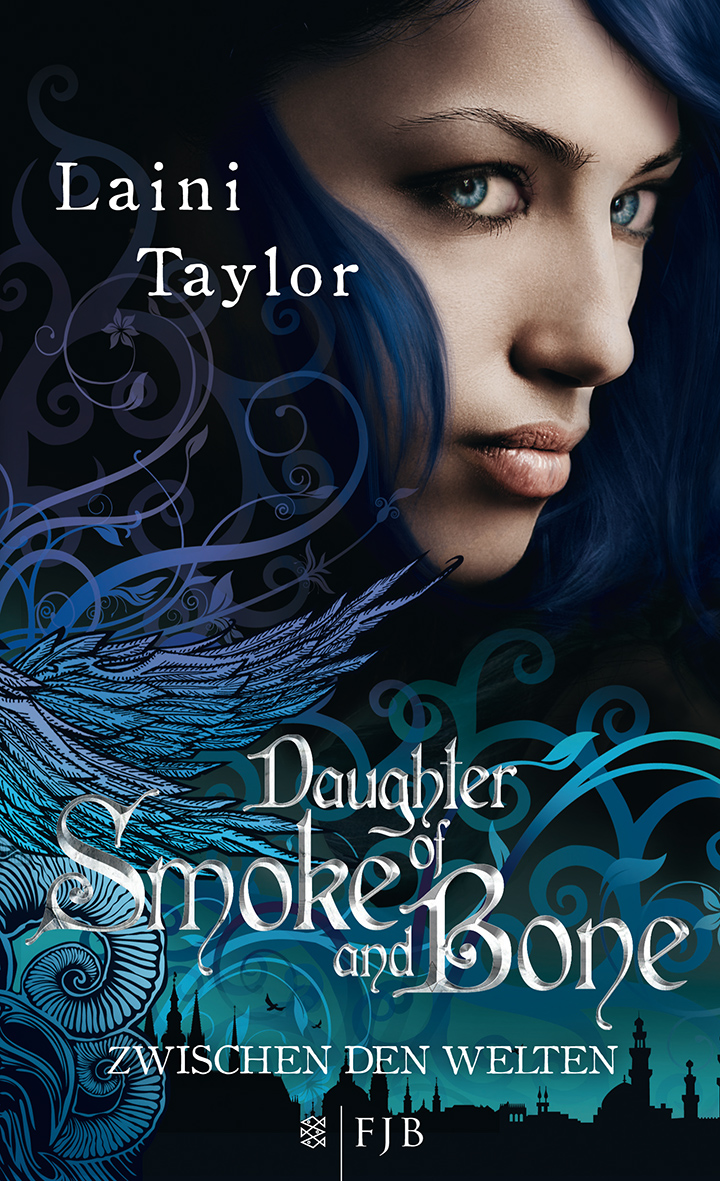 http://www.amazon.de/Daughter-Smoke-Bone-Zwischen-Welten/dp/3841421369/ref=sr_1_1?s=books&ie=UTF8&qid=1389901091&sr=1-1&keywords=daughter+of+smoke+and+bone