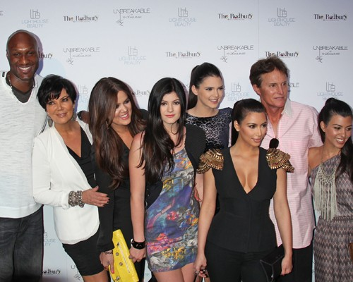 The Kardashian/Jenner Clan Support Khloe And Lamar!