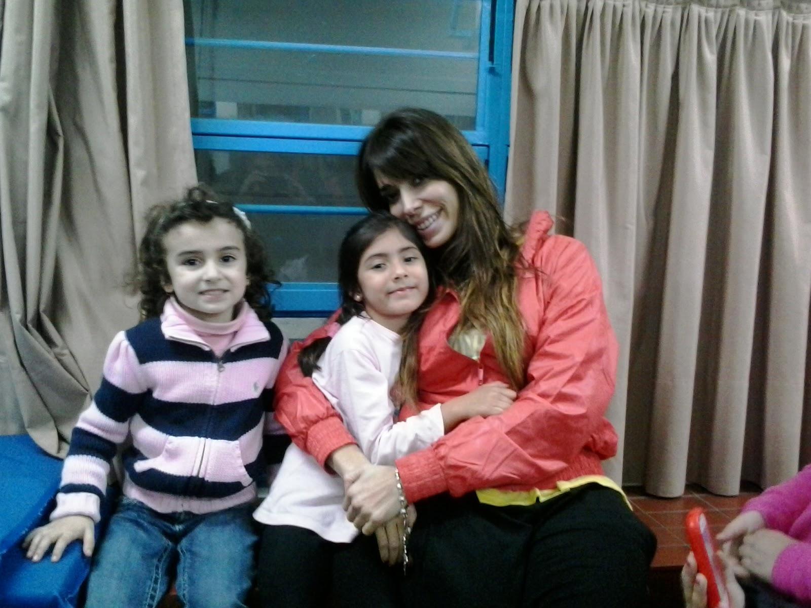 grande bailarines pequeña mama en Santander