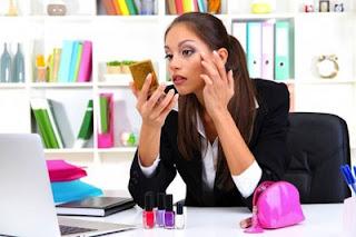 Tips Cantik Tanpa Make Up Untuk Wanita Sibuk