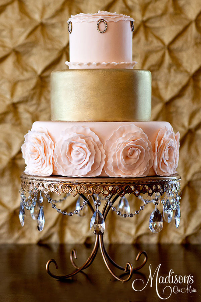 Gold Wedding Cakes - Belle The Magazine