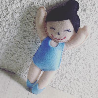 Bailarina em feltro, Azul