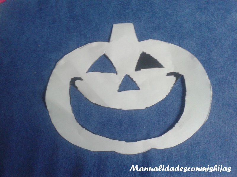 Calabaza de foami para Halloween