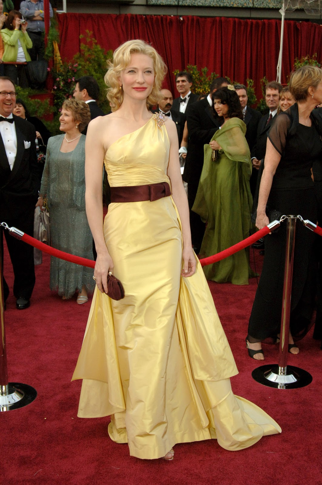 Cate Blanchett Oscar 2005