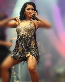 Mela Barbie adalah penyanyi Dangdut terlaris ditonton di youtube