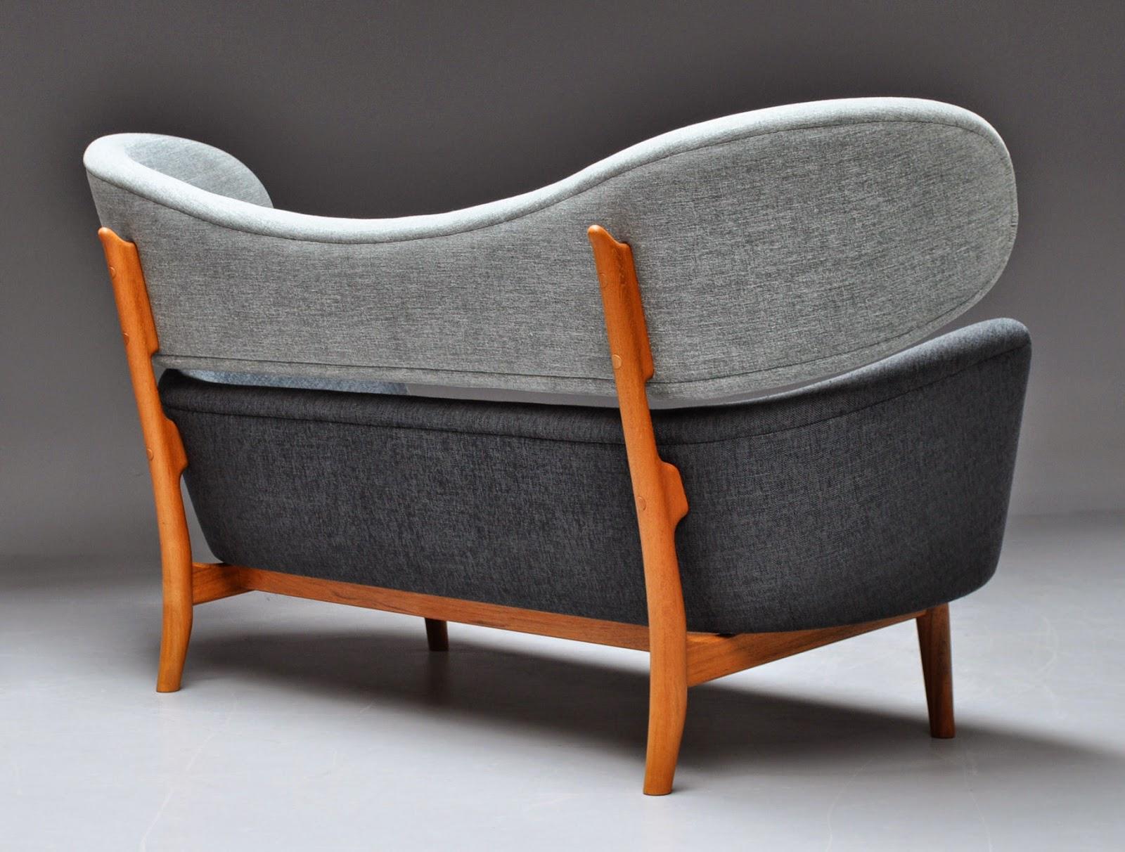 Finn juhl the baker sofa -  Baker Sofa Designed By Danish Architect Finn Juhl For American Company Baker Furniture 1951