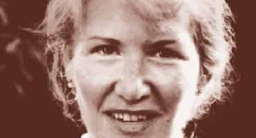 short essays by annie dillard This is the life by annie dillard from the fall issue of image: a journal of the arts and religion, published by the center for religious humanism at seattle pacific university.