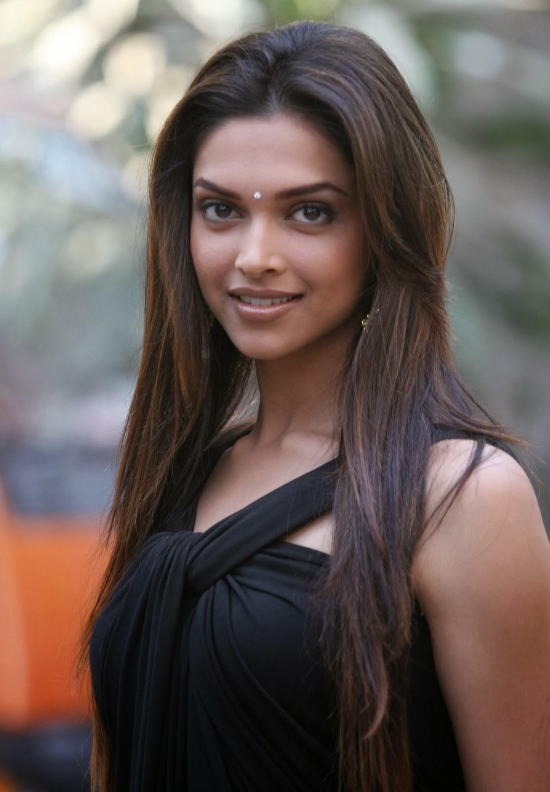 Deepika Padukone hot in black - HIGH RESOLUTION PICTURES