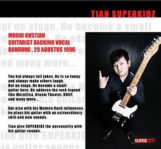 Foto Profil Biodata Tian Superkidz gitaris backing vokal FOTO ANAK SMP PERSONEL