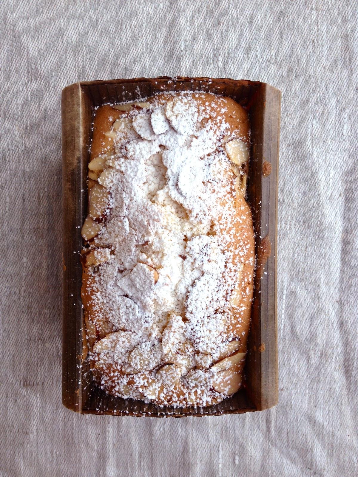 Edible Gift Idea: Snowy Mini Almond Pound Cakes! / Hey, EEP!