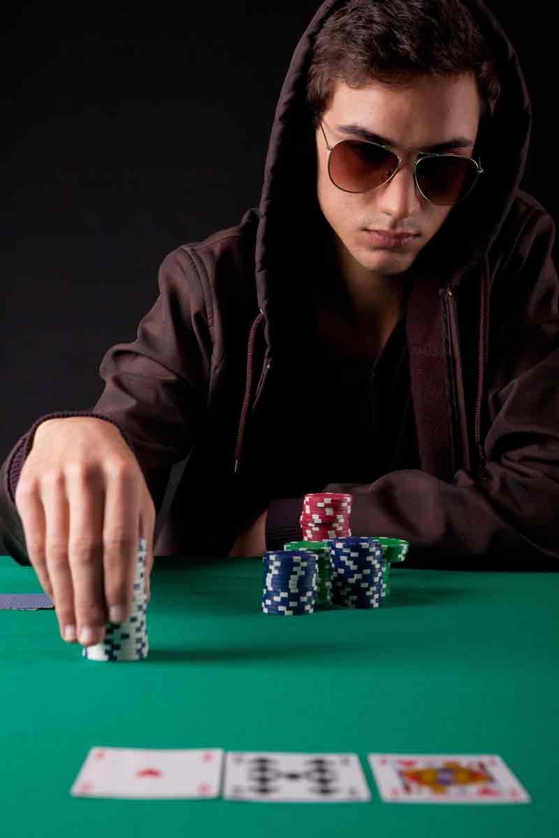 Swings poker bankroll