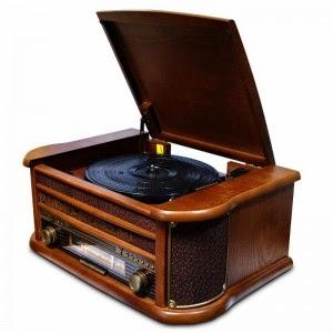Роскошное решение для почитателей музыки и старины - музыкальный центр-ретро!