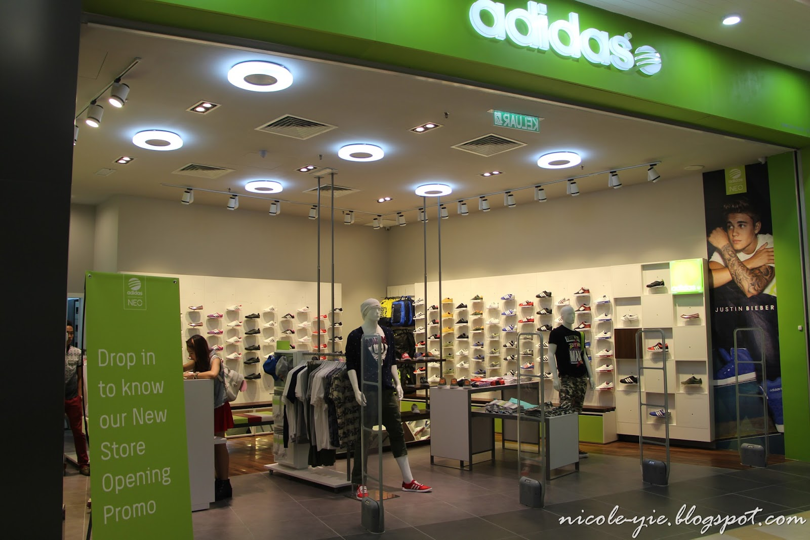 [Fashion] My Shopping Experience in adidas NEO, Queensbay Mall | Nicole Yie