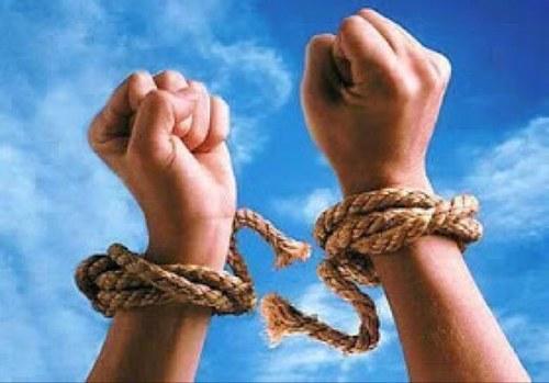Kemerdekaan itu masih terpenjara