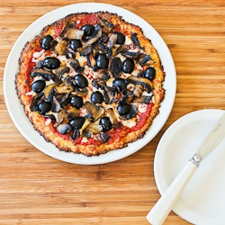 Recipe for Cauliflower-Crust Vegetarian Pizza with ...