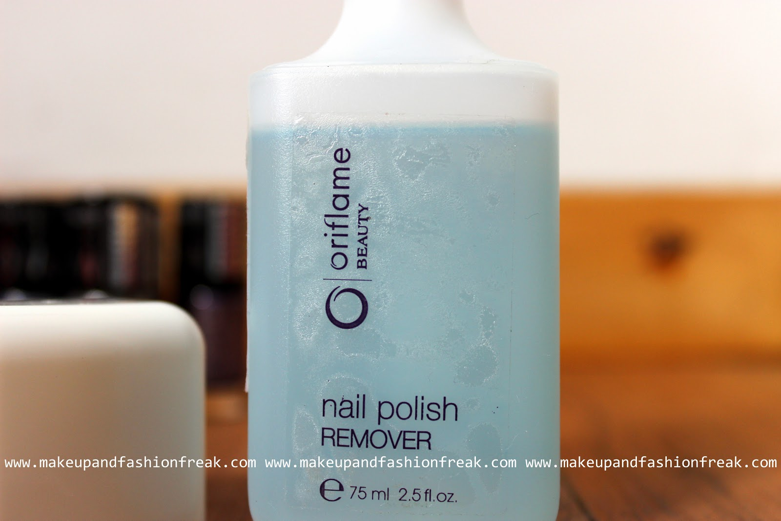 Makeup And Fashion Freak: Oriflame Beauty Nail Polish Remover: Review