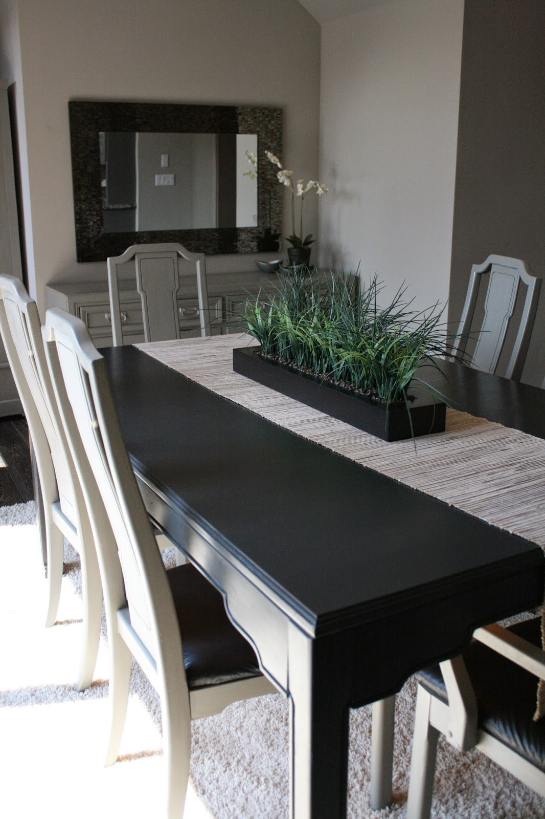Lovely We painted all the dining chairs with two coats of French Linen Chalk Paint Graphite paired with French Linen is quite a striking bination