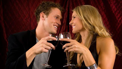 How To Get A Second Date With A Girl - man and a woman drinking wine