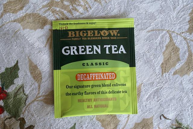 Lifestyle blogger, Tea Reivew, Bigelow, Green Tea