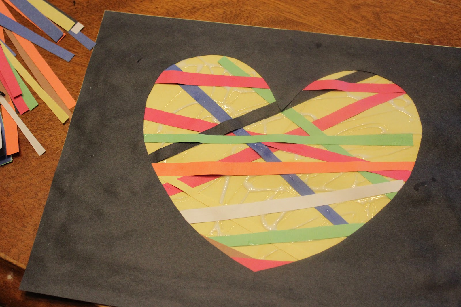 construction paper crafts Archives - See Mommy Doing