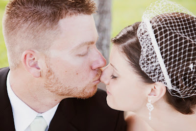 orlando wedding kiss