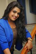 Tashu Kaushik Latest Glamorous Photos-thumbnail-14